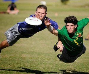 Ultimate Frisbee-Eventi Motivazionali Team Building Milano-2